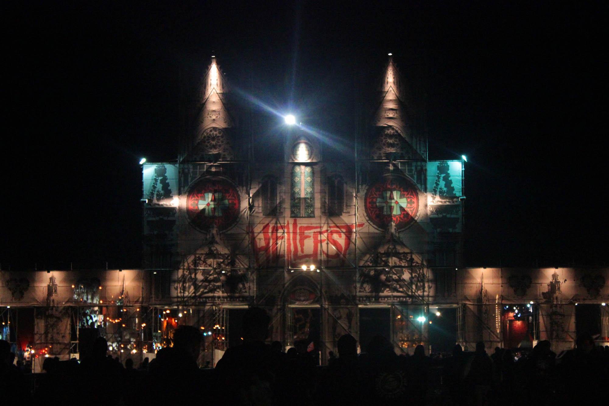 Au Hellfest Les 10 Commandements Tu Respecteras