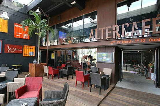 altercafe1-553x368