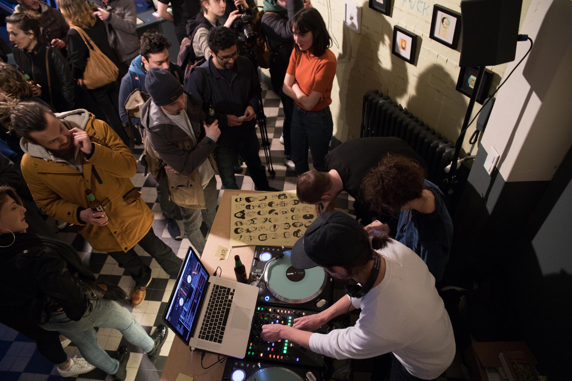 Vernissage-Gangster-Doodles-DJ-Set-20Syl-Espace-LVL-2